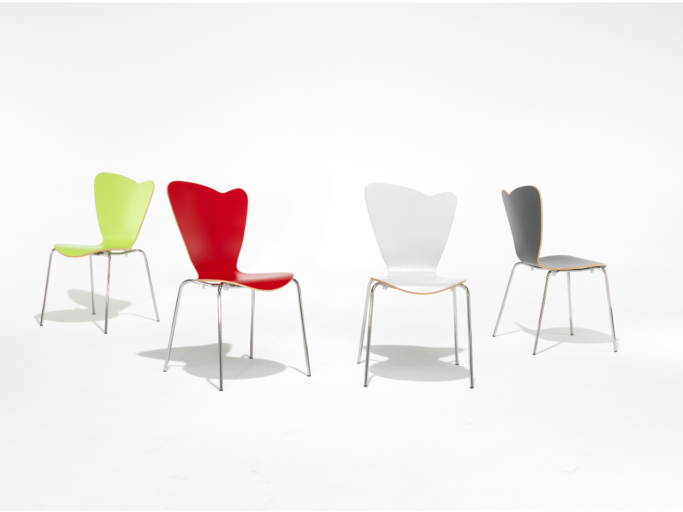 4er design stuhl heart rot stapelstuhl esszimmerstuhl for Design schalenstuhl